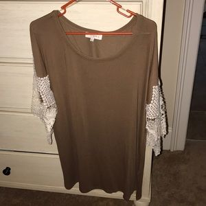 Brown Tunic/ Lace Sleeves